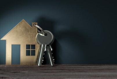 Chez qui habite-t-on quand on habite chez soi ?