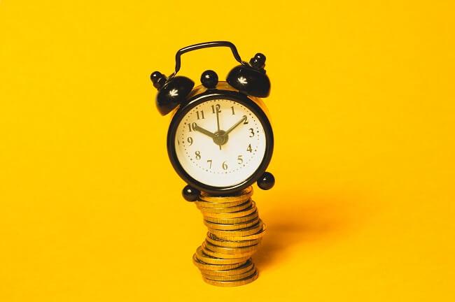 """""""(Notre) temps, c'est (leur) argent"""""""